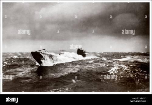 small resolution of ww1 german submarine u boat north atlantic surfacing during u boat campaign 1914