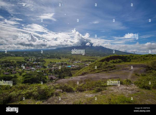 Flores Indonesia Village Stock & - Alamy