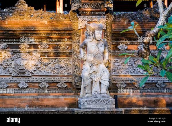 Balinese Sculpture Stock & - Alamy