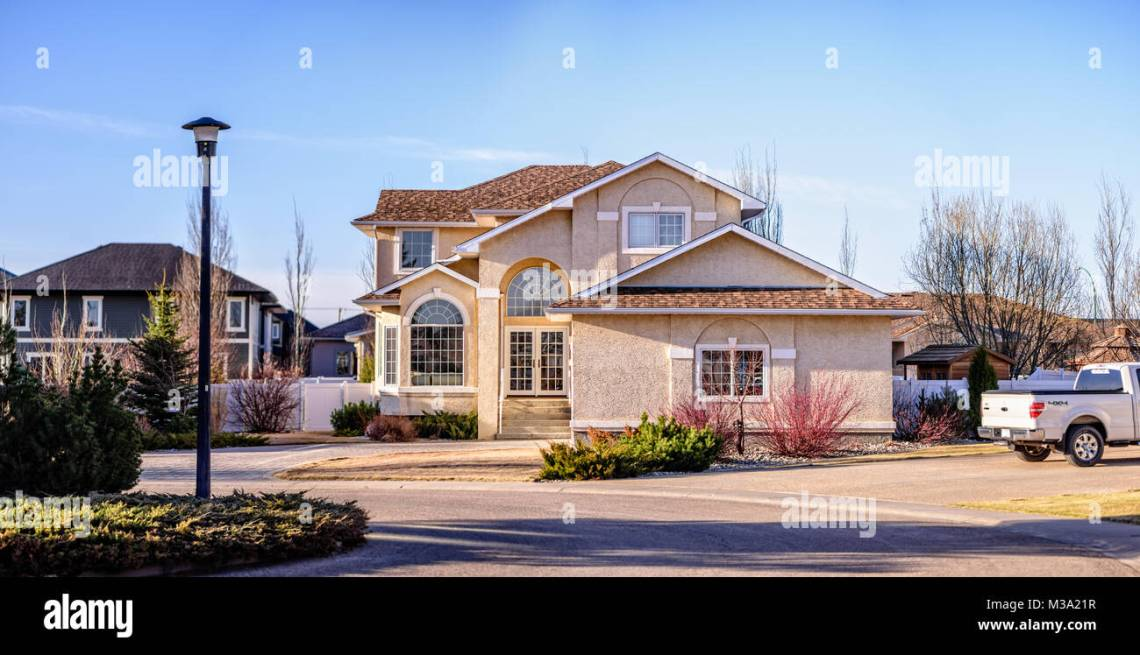 American Garage Home - a-typical-american-private-house-with-a-garage-for-a-family-in-a-suburb-M3A21R_Download American Garage Home - a-typical-american-private-house-with-a-garage-for-a-family-in-a-suburb-M3A21R  2018_996860.jpg
