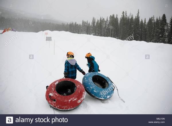 Snow Tubing Stock & - Alamy