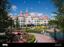 Disneyland Hotel Eurodisney In Paris Luxury