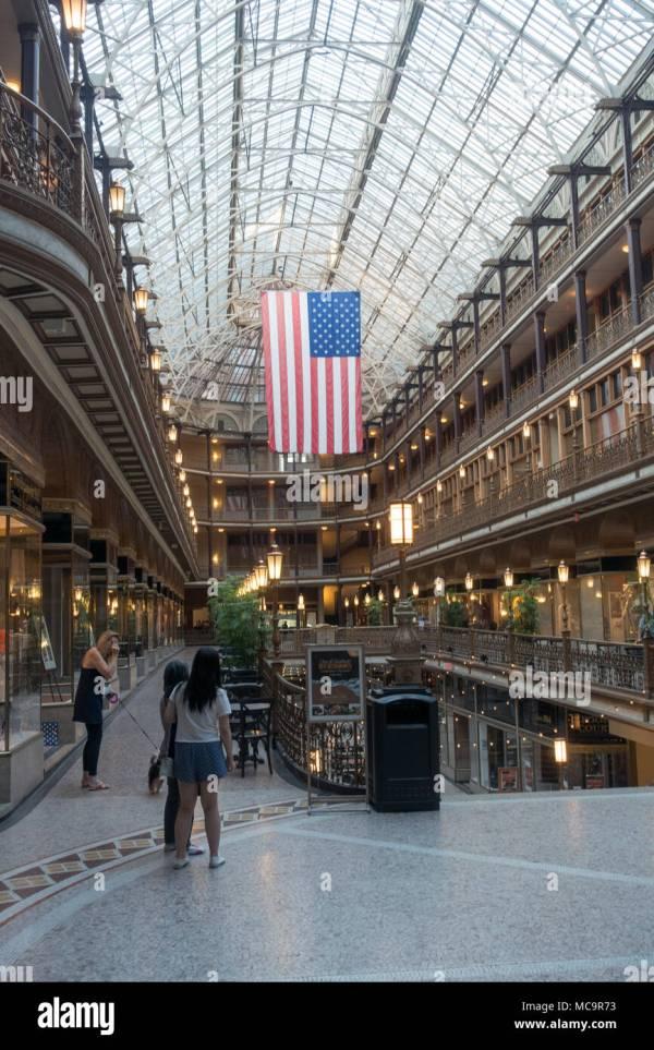 Arcade Cleveland Stock & - Alamy