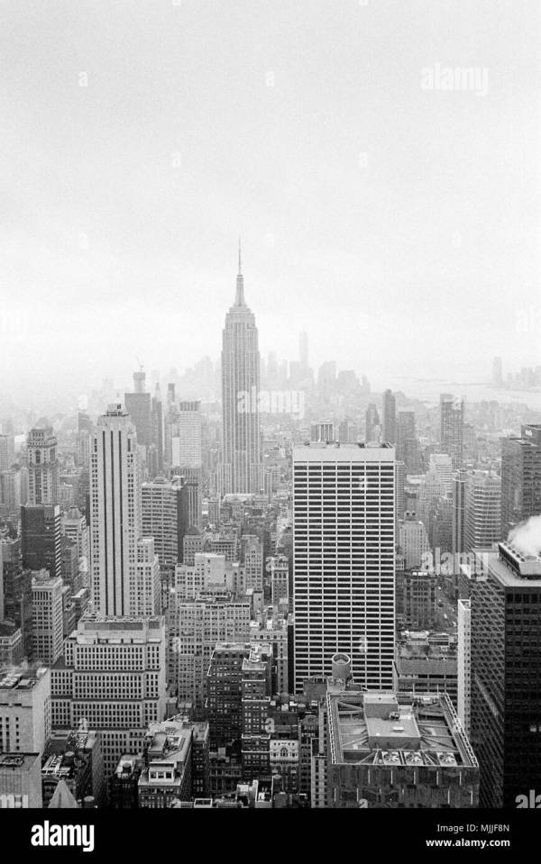 Empire State Building Vintage Stock & - Alamy