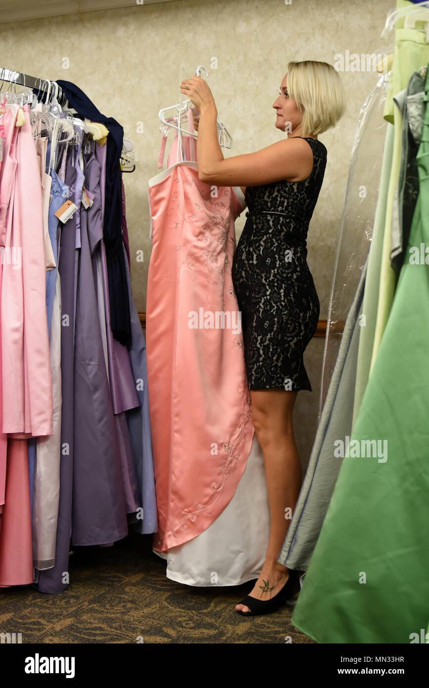 Kristina Balboa Cinderella S Closet Organizer Re Racks A