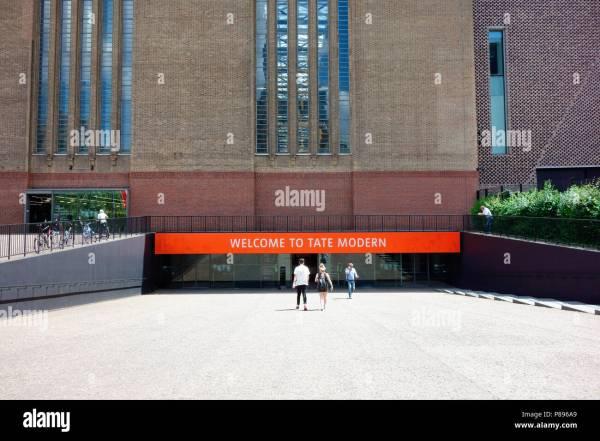 Tate Modern Museum Exhibition Stock & - Alamy