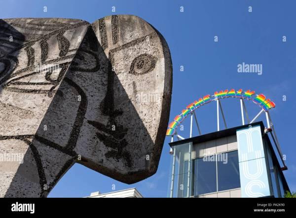 Pablo Picasso Painting Artwork Stock & - Alamy