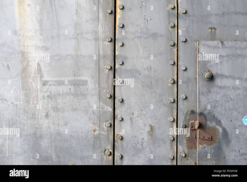 small resolution of 19 07 2018 france brittany lorient parts of an armored bunker gate at the former german submarine bunker keroman 1 the submarine bunkers in lorient