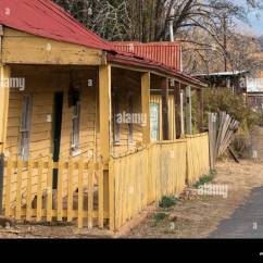 7 Sofala St Portland Jennifer Convertibles Sofa Bed Prices Bowen Street Stock Photos Images Alamy A Small Timber And Iron Roof Miners Cottage On New South