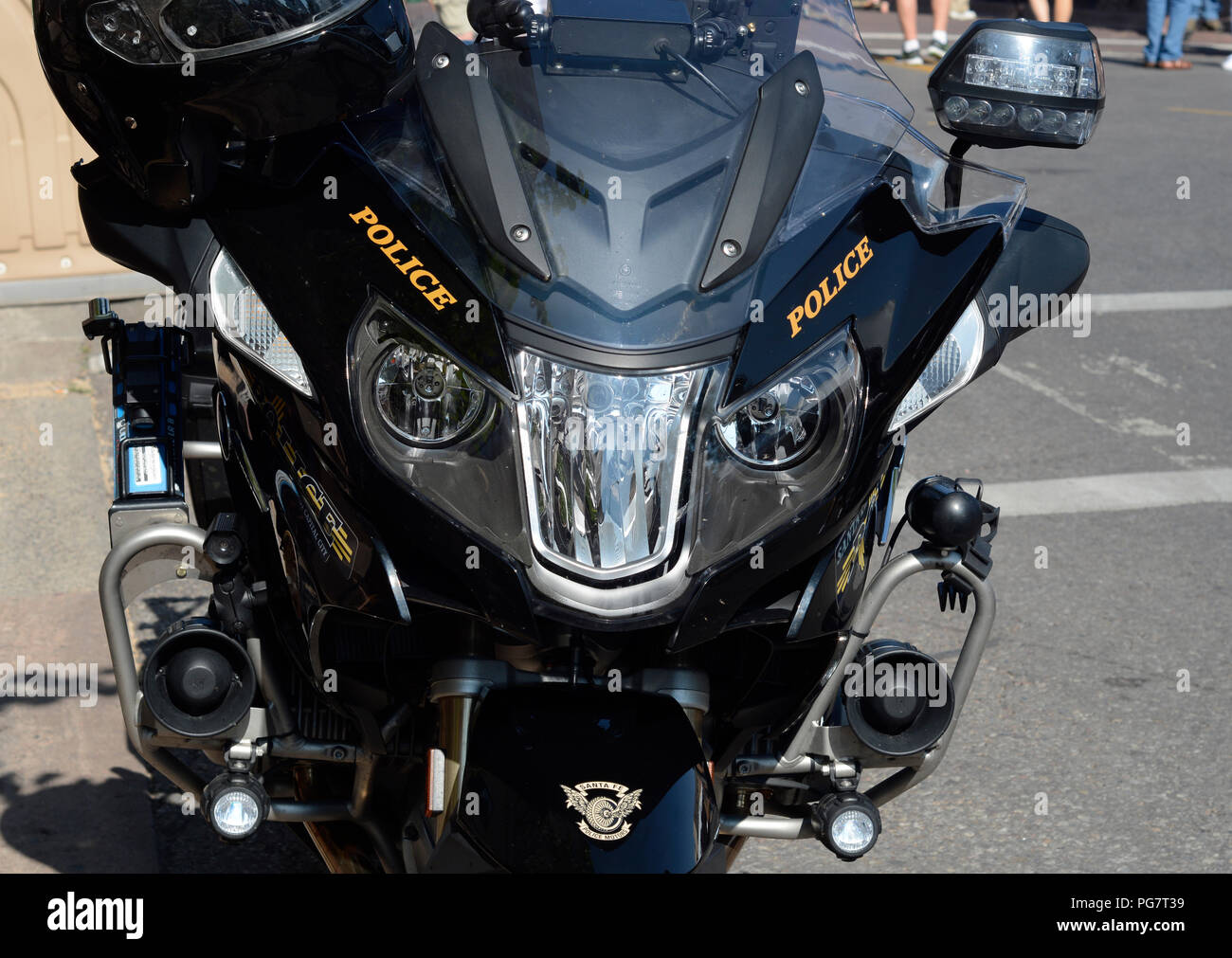 hight resolution of a bmw police motorcycle