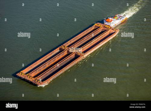 small resolution of strong push boat with six barges on the rhine near wesel inland navigation rhine