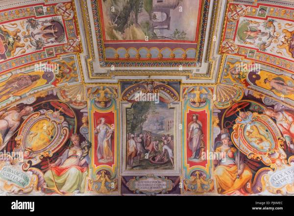 Ceiling Fresco Painting Stock & - Alamy