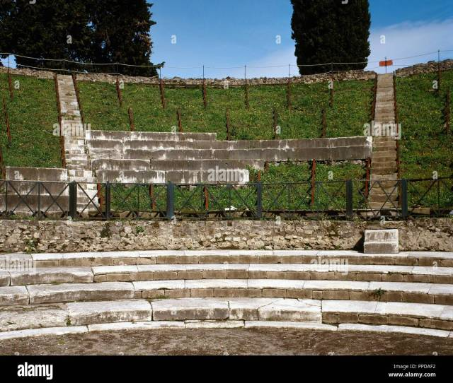 Pompeii Ancient Roman City Large Theatre 2nd Century Bc Cavea Three Tiers Imma Cavea Lower Part Media Cavea Middle Summa Cavea Upper Tiers