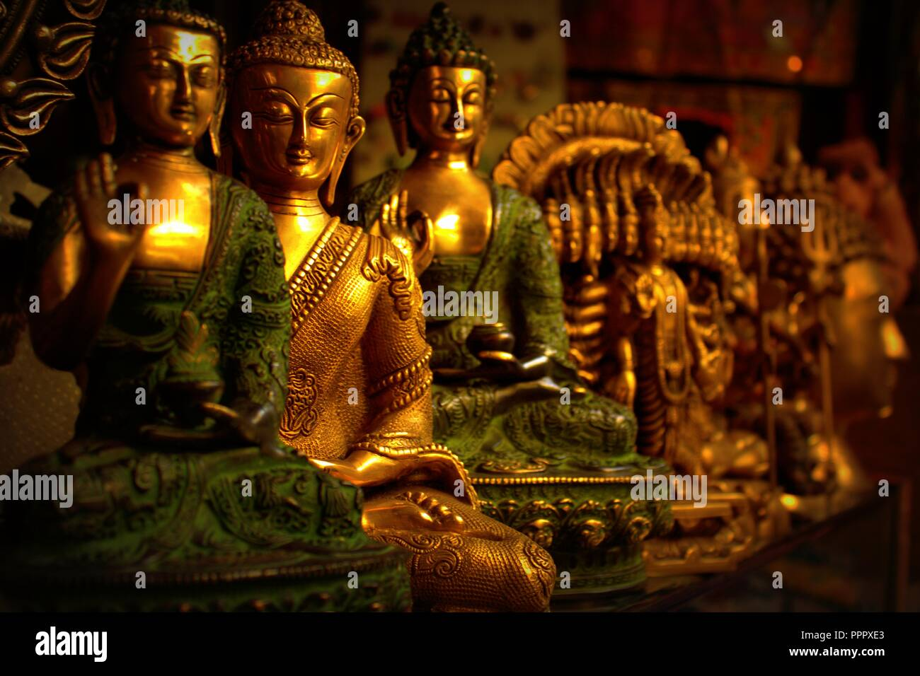 Gautam Buddha High Resolution Stock Photography And Images Alamy