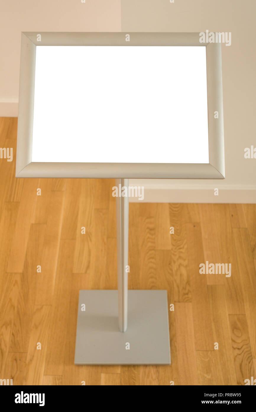 mock up floor standing
