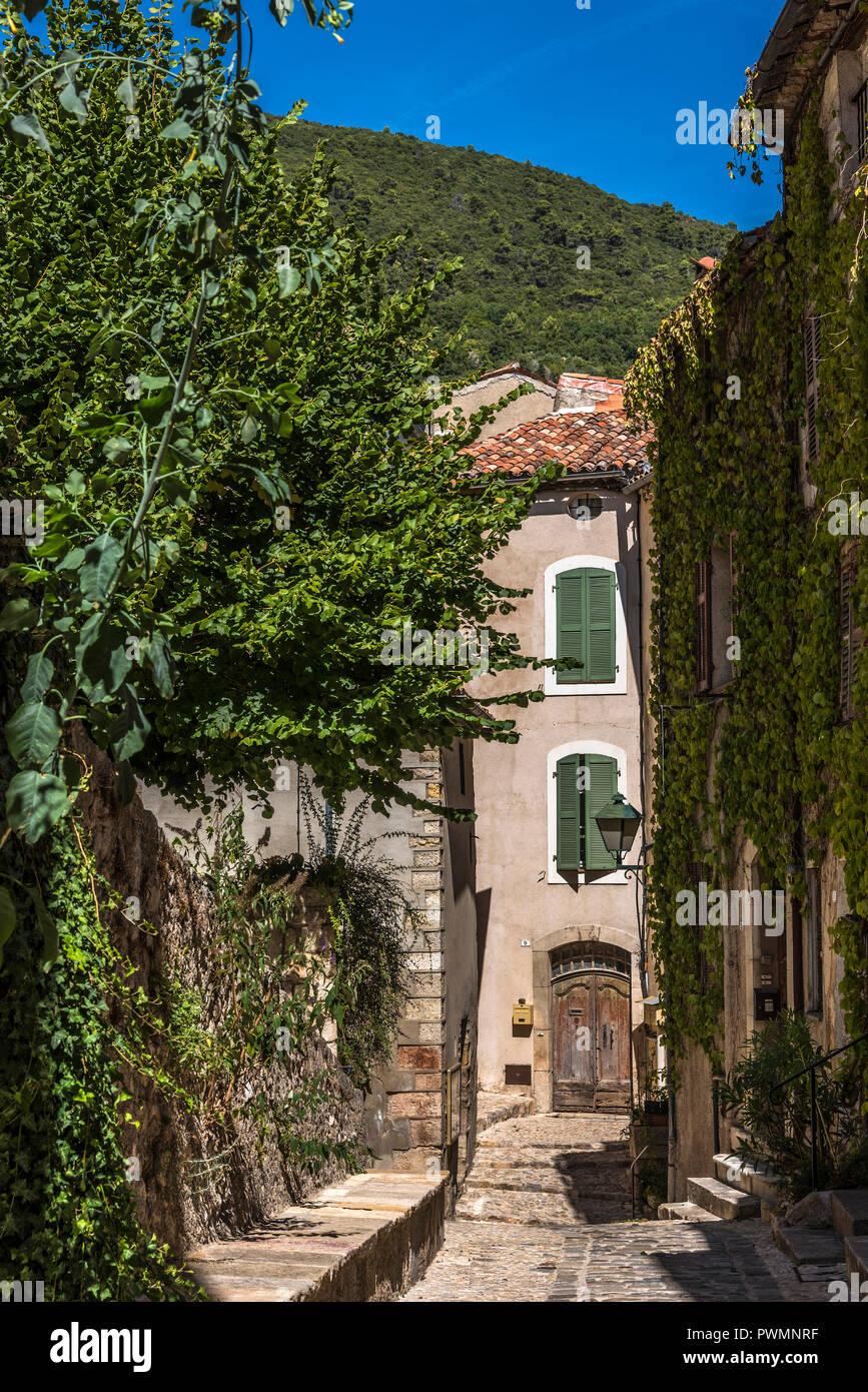 Plus Beaux Villages De Provence : beaux, villages, provence, France,, Provence-Alpes-Cote-d'Azur,, Alley, Seillans, (Plus, Beaux, Villages, Designated, Beautiful), France, Stock, Photo, Alamy