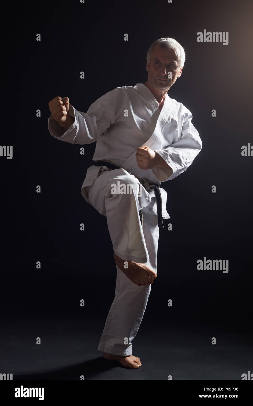Alat Karate : karate, Senior, Practicing, Karate, Stock, Photo, Alamy