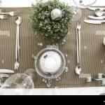 Tisch Gedeckt Festlich Detail Tischdeko Tischdekoration Glaeser Weinglas Wasserglas Restaurant Serviette Besteck Messer Gabel Tischdecke Stock Photo Alamy