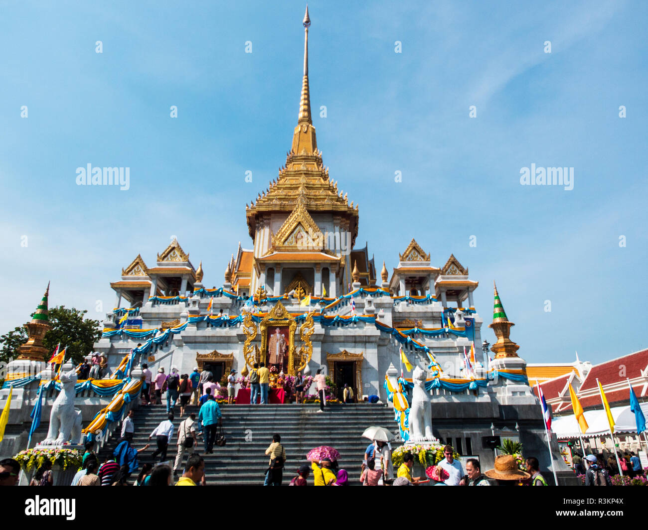 Thailand Bangkok Wat Trimitr Decorated For The Kings
