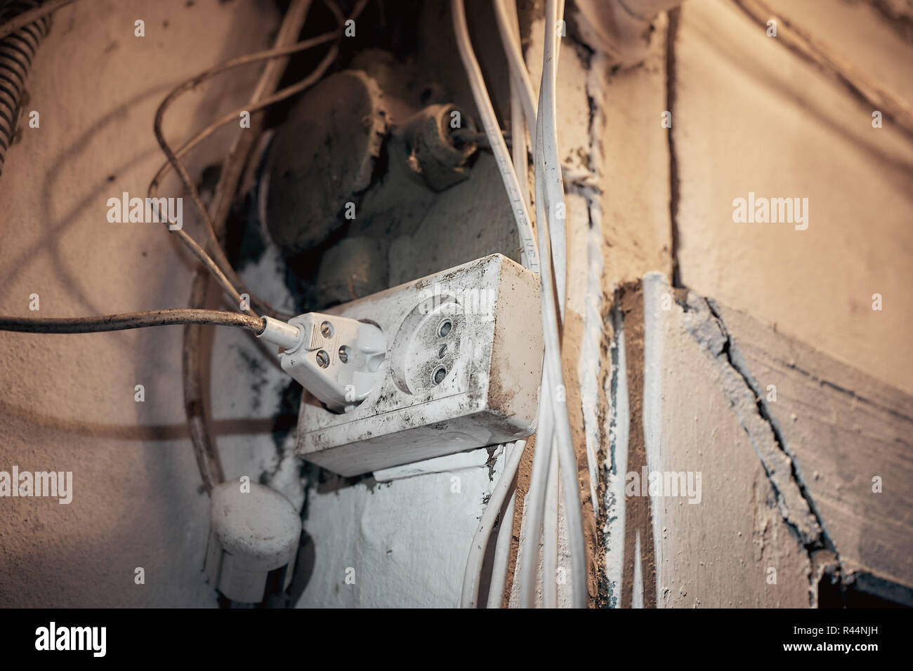 hight resolution of plug and socket old electrical wiring in the house