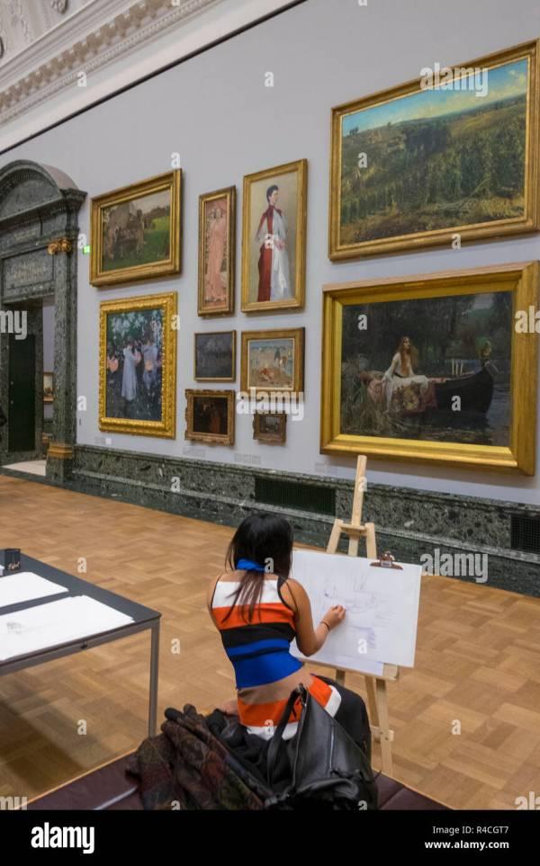 Tate Britain Interior Stock & - Alamy