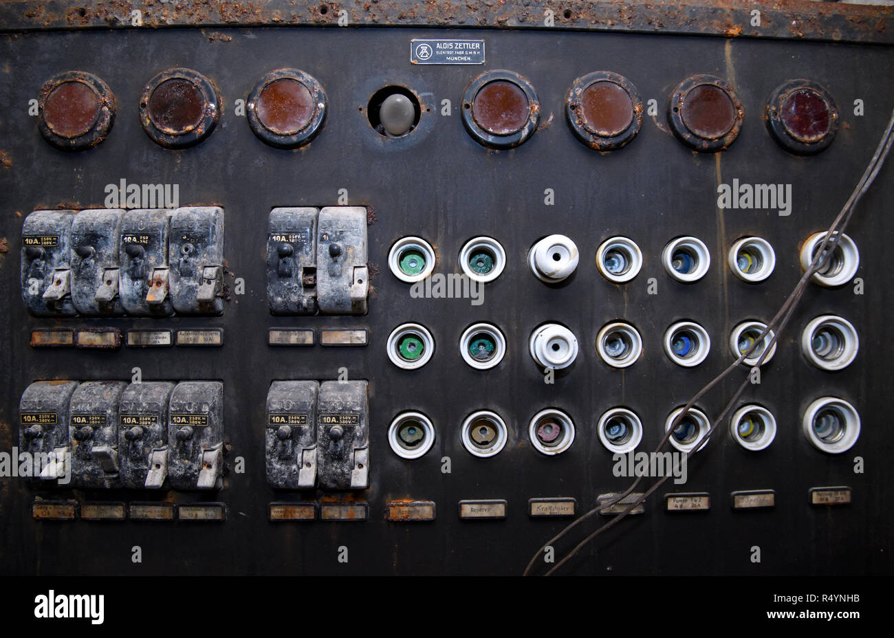 hight resolution of 09 november 2018 bavaria pullach an old fuse box can be seen in a bunker under the presidential villa on the premises of the federal intelligence service