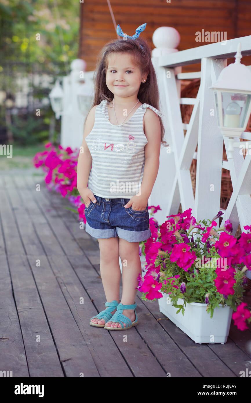 Cute Stylish Baby Girls Pics