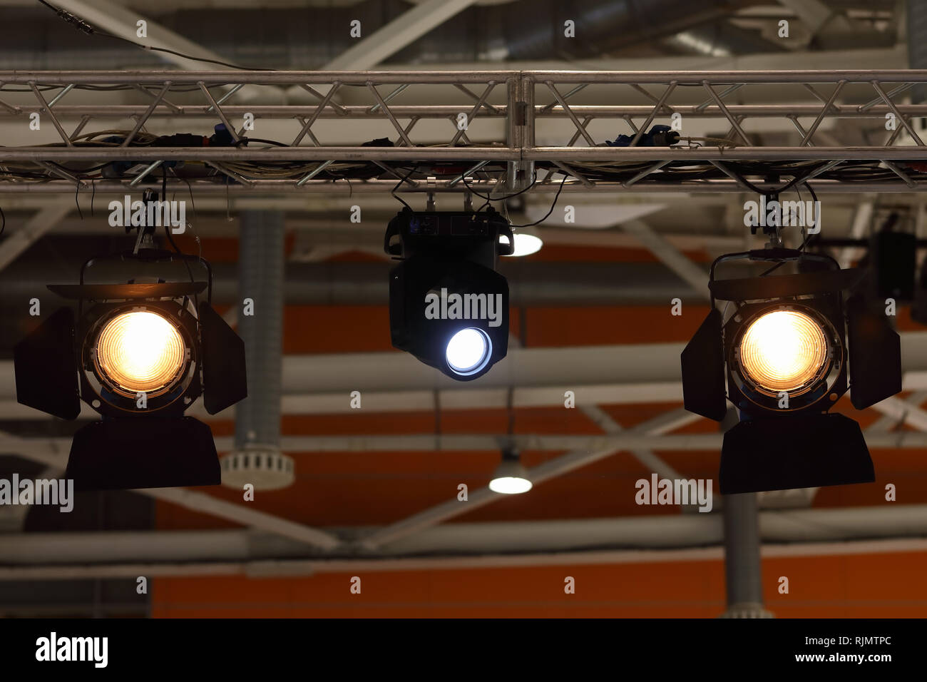 https www alamy com various stage lights hanging on a truss image235257076 html