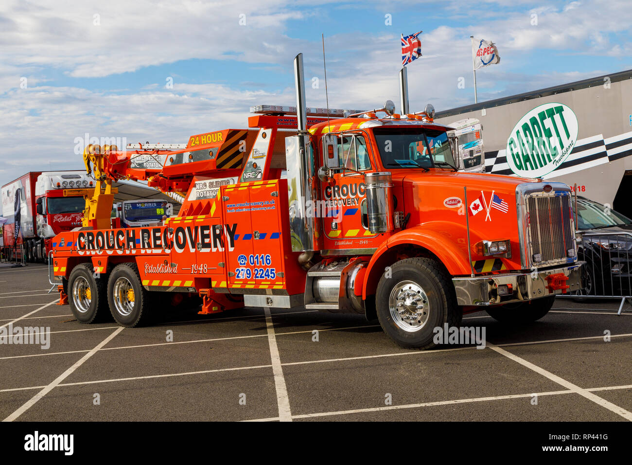 hight resolution of crouch recovery peterbilt hgv breakdown truck on duty at the snetterton 2018 truck racing championship meeting norfolk uk