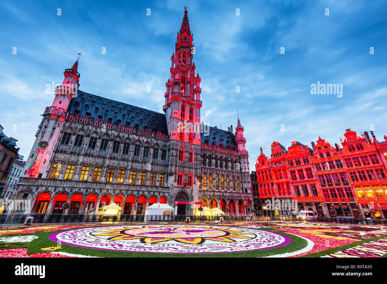 https www alamy com brussels belgium grand place during 2018 flower carpet festival this year theme was mexico image240250617 html