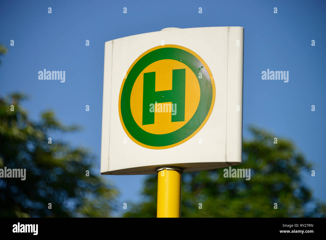 Schild Günzburg Germany Europe Bus Stop Sign High Resolution Stock Photography And Images - Alamy