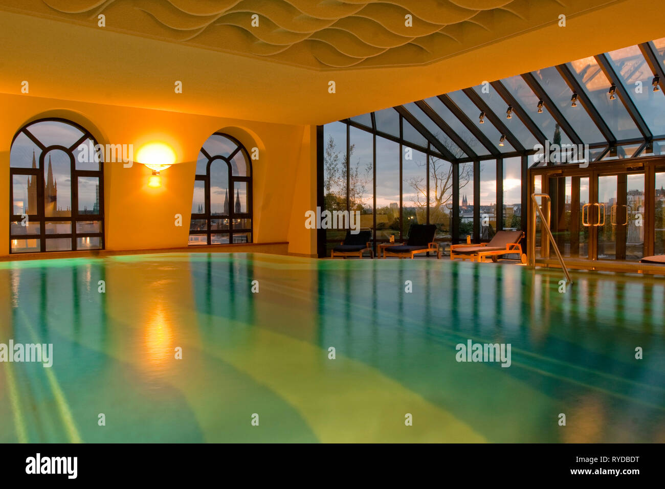 Wellness In Wiesbaden Hotel Swimming Pool Germany High Resolution Stock Photography And Images - Alamy