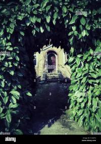 Mysterious Doorway Stock Photos & Mysterious Doorway Stock ...