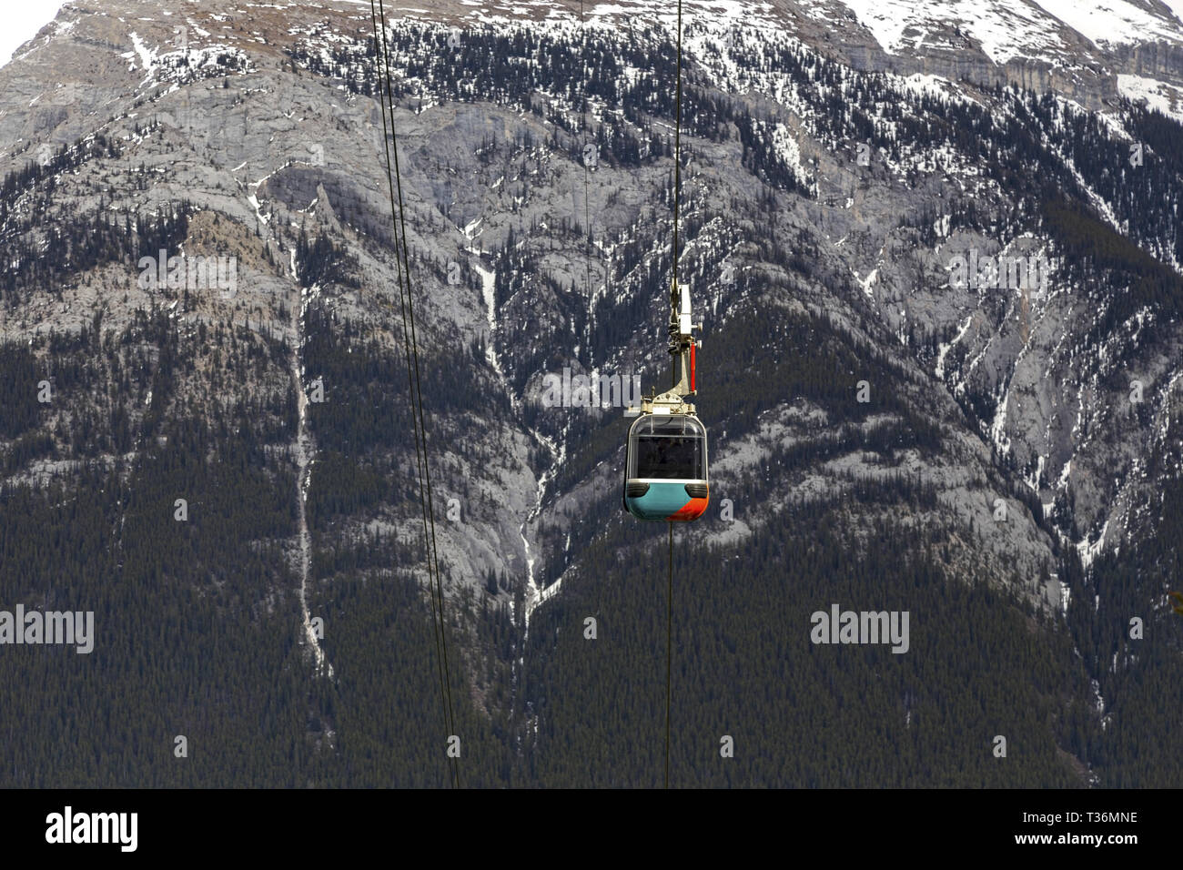Sulphur Mountain Gondola Cable Car Cabin With Rundle