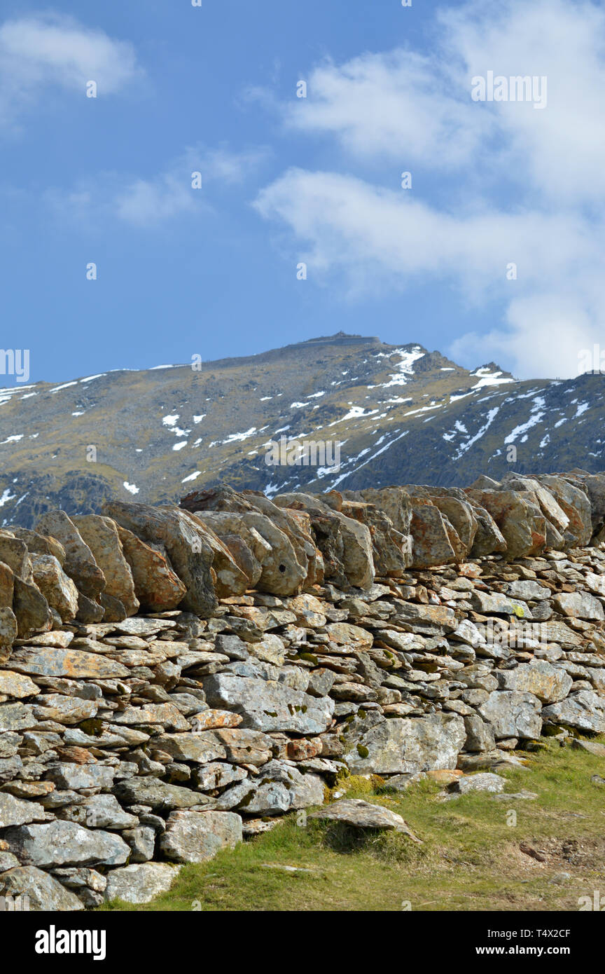 Snowdon Peak : snowdon, Snowdon, Stone, Summit, Stock, Photo, Alamy