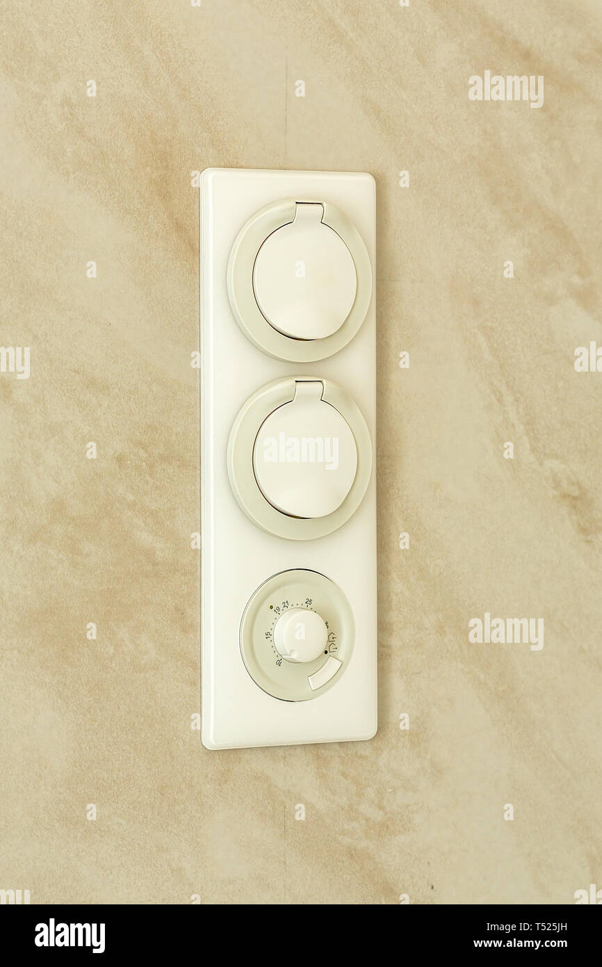 Bathroom Electrical Outlet Electrical Outlet With Temperature Controller For A Warm Floor In