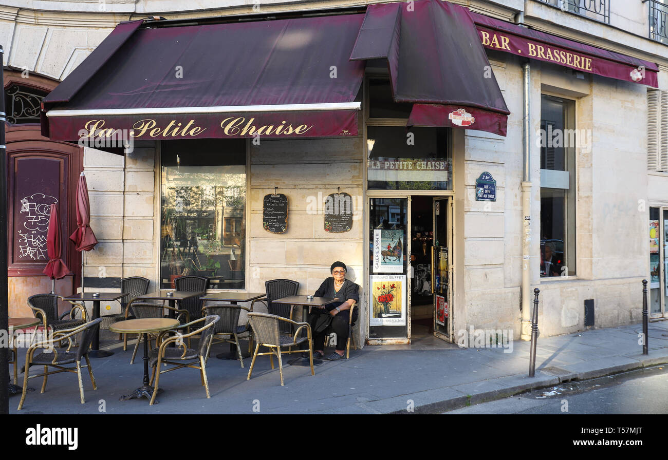 https www alamy com the traditional french cafe la petite chaise located on beaumarchais boulevard paris france image244188304 html
