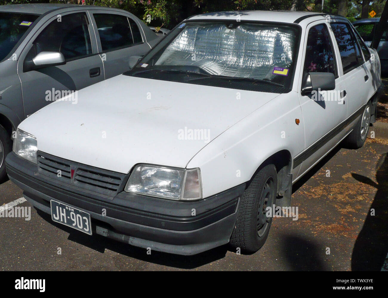 hight resolution of  english 1994 1995 daewoo 1 5i sedan photographed in sutherland new