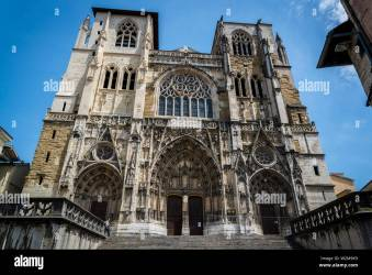 Vienne Cathedral a medieval Roman Catholic church dedicated to Saint Maurice Vienne France Stock Photo Alamy
