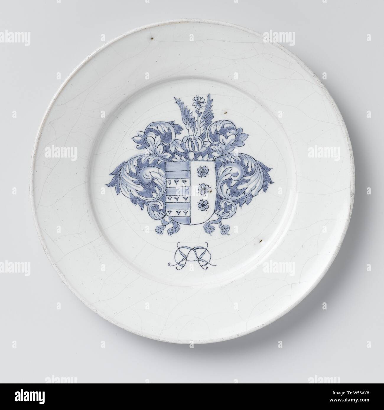 https www alamy com plate of faience with coat of arms plate of faience with an unknown weapon with helmet sign and unknown mirror monogram anonymous delft c 1660 c 1690 d 255 cm image261369116 html