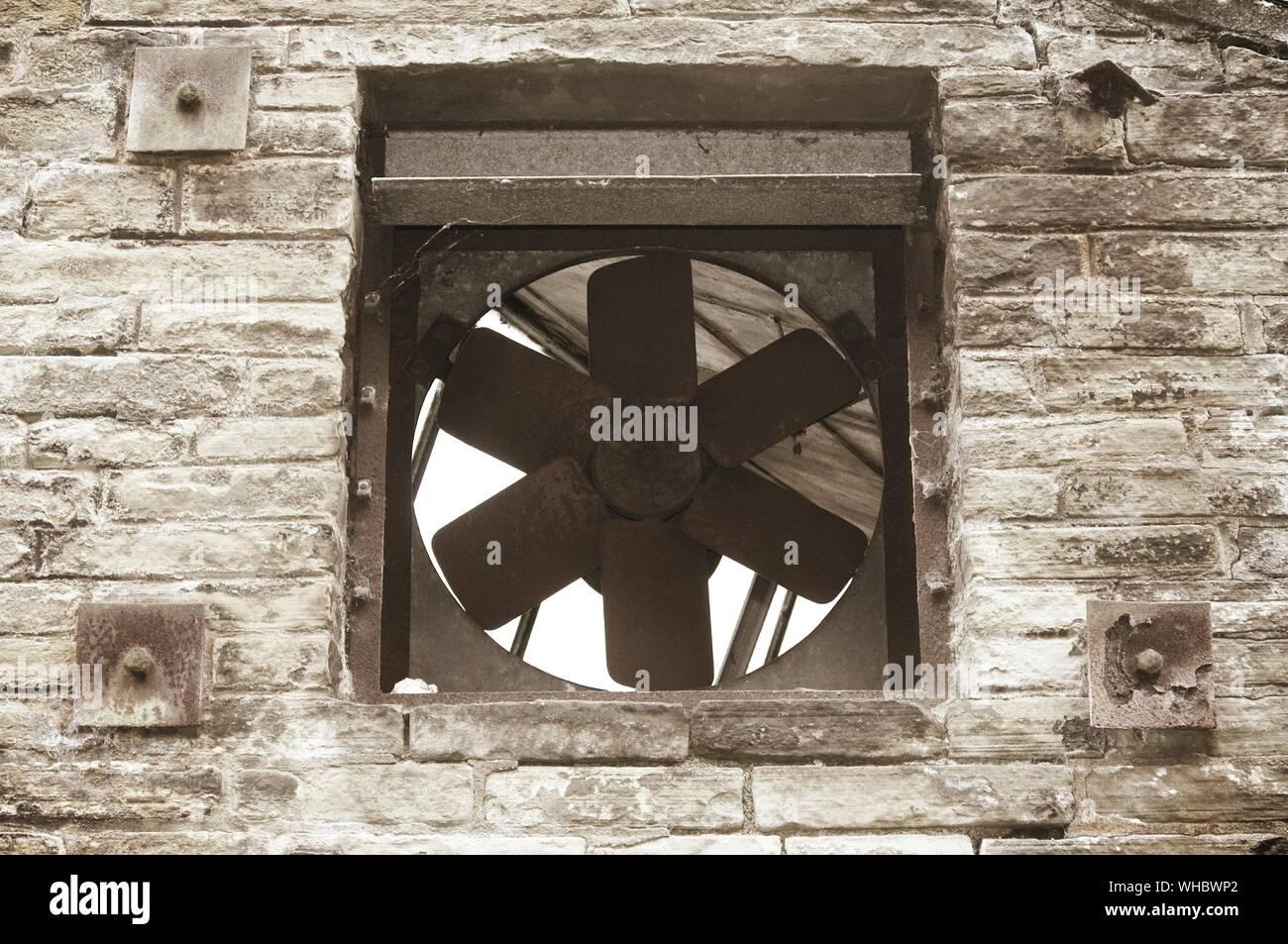 https www alamy com exhaust fan of old industry image268866362 html