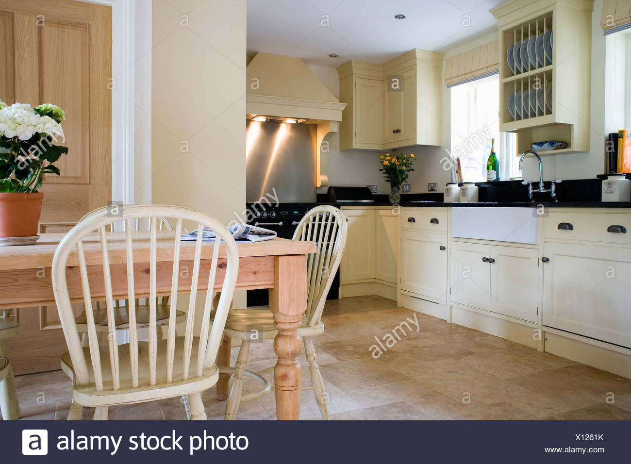 Country Kitchen Chairs Pale Wood Windsor Chairs And Pine Table In Traditional Country