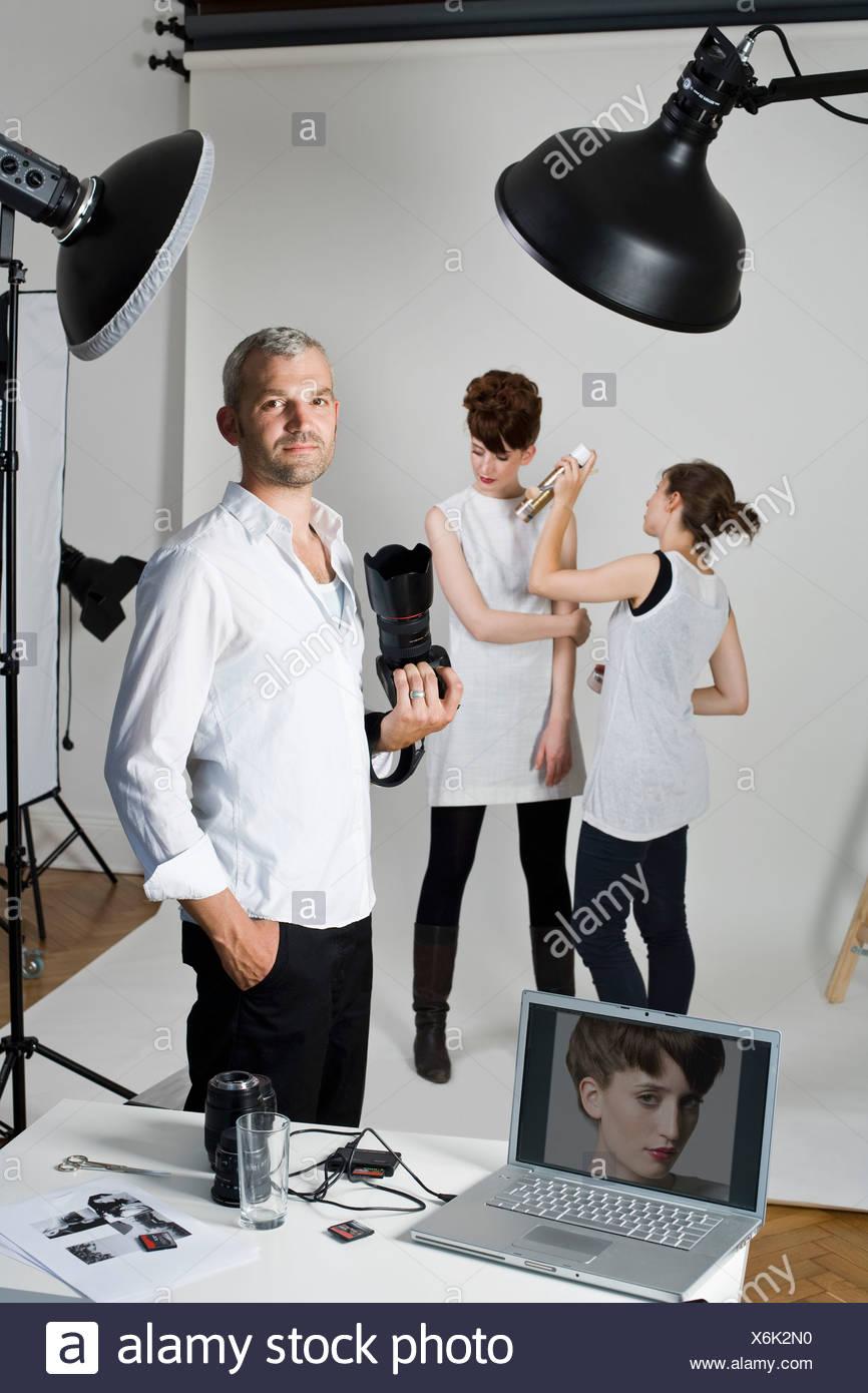 Set Shoot : shoot, Photographer,, Model, Make-up, Artist, Fashion, Shoot, Stock, Photo, Alamy