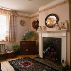 Living Room Border Old World Ideas Rag Rug In Front Of Fireplace Small Livingroom With Wallpaper