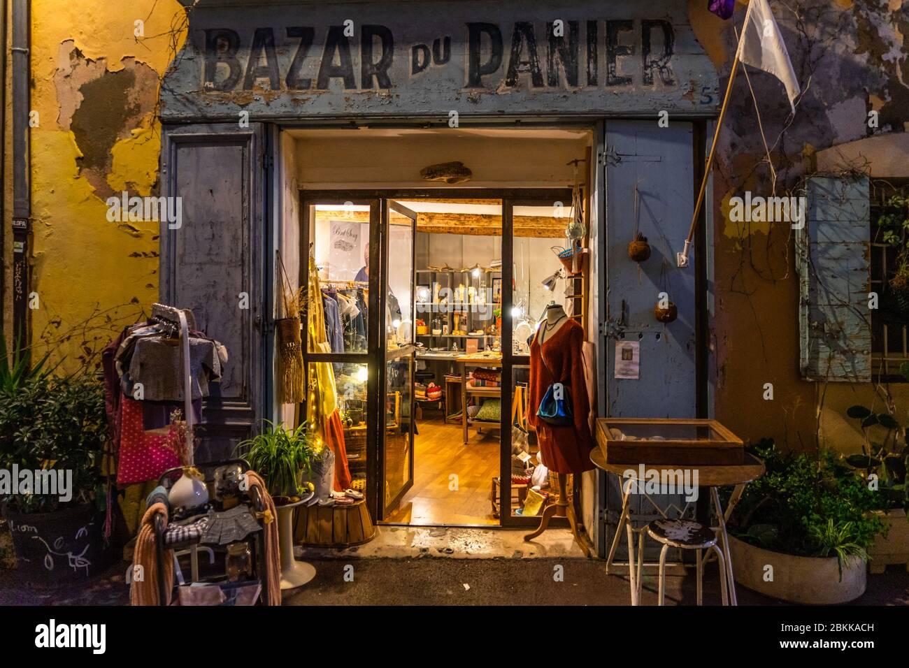 le bazar stockfotos und bilder kaufen