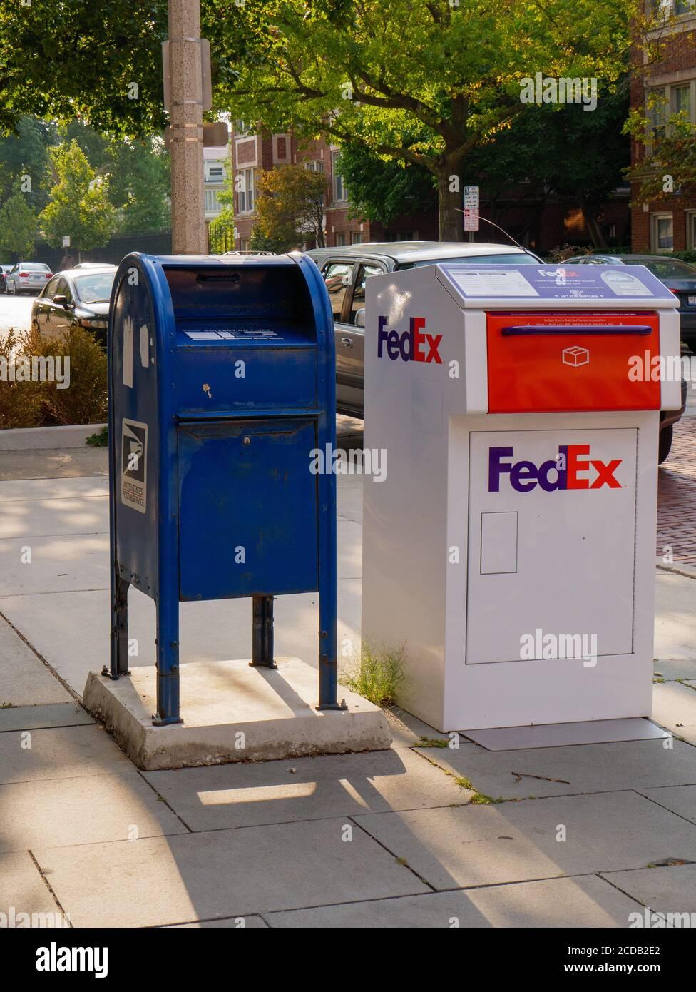 federal express paket stockfotos und
