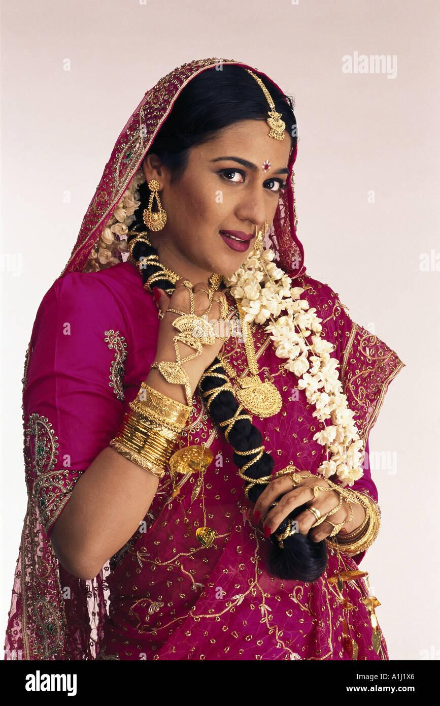 Kleid indische hochzeit  Modische Modelle von Kleidern in