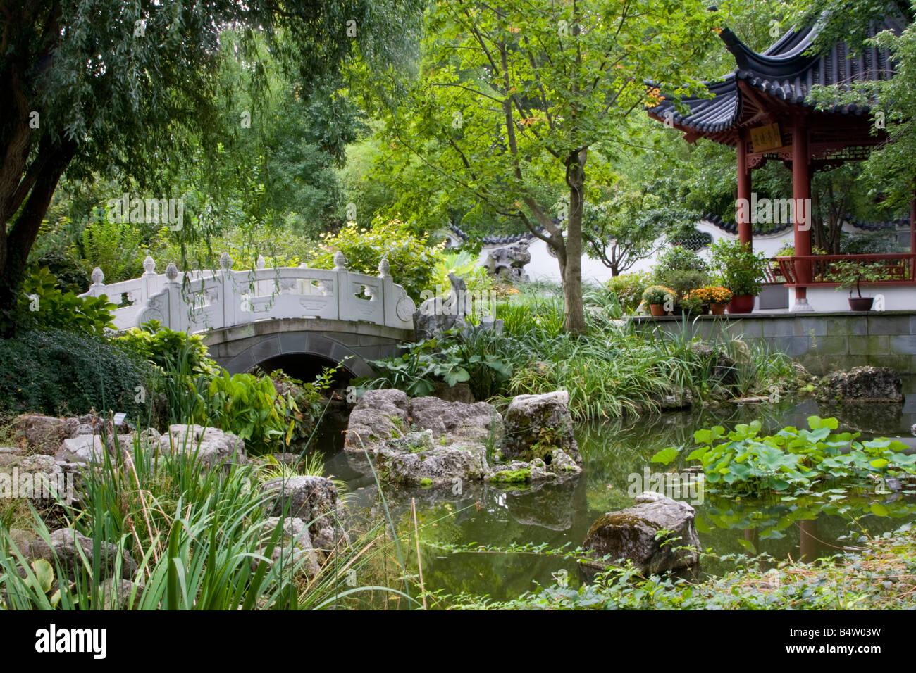 Chinesischer Garten Brucke