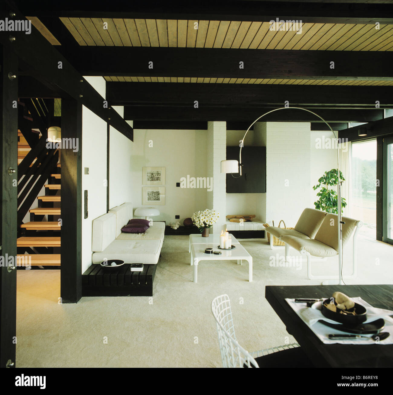 Weisser Teppich Wohnzimmer Country Interiors Livingrooms Modern Stockfotos And Country