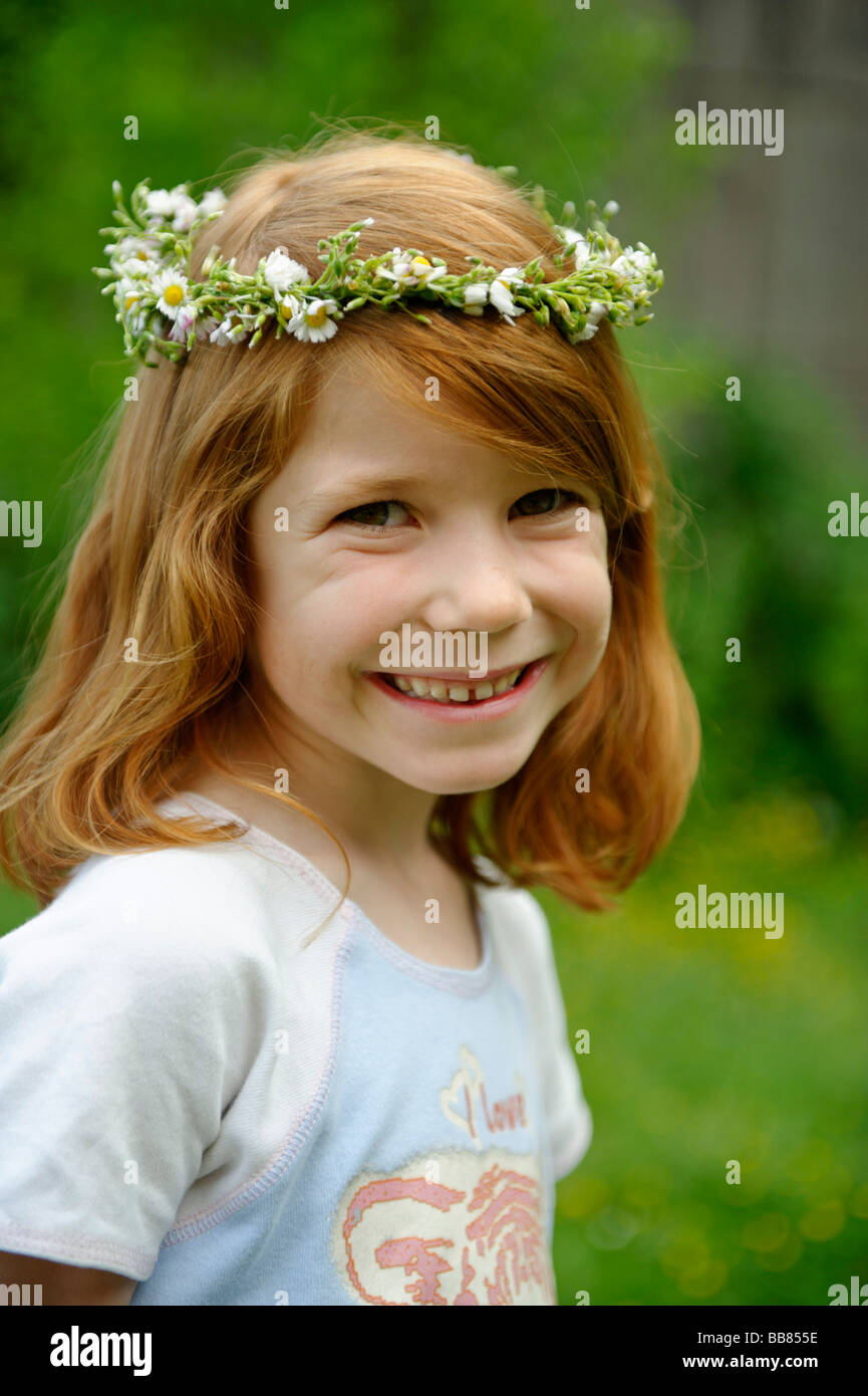 Blumenkranz Stockfotos  Blumenkranz Bilder  Alamy